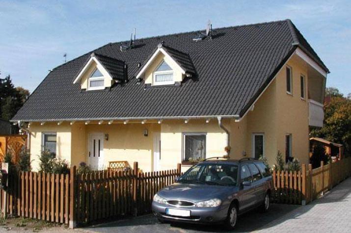 ...individuell geplant ! - Hübsches Doppelhaus mit Winkeln, Gauben und Balkon - www.jk-traumhaus.de - vorschau