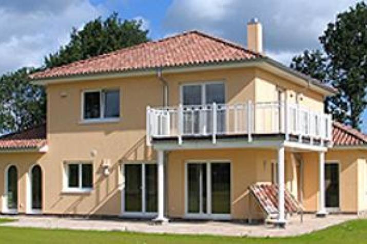 ...individuell geplant ! - Stadtvilla im Toscana-Stil mit integriertem Carport - www.jk-traumhaus.de - vorschau