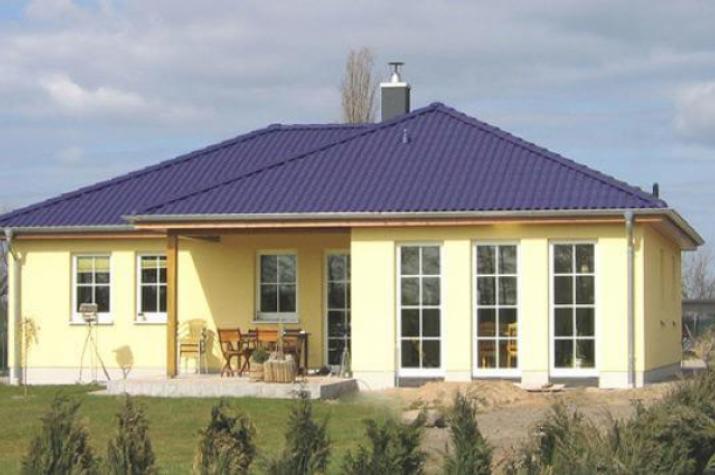 ...individuell geplant ! - Winkelbungalow - viele Zimmer - symetrische Bauweise - überdachte Terrasse - www.jk-traumhaus.de -
